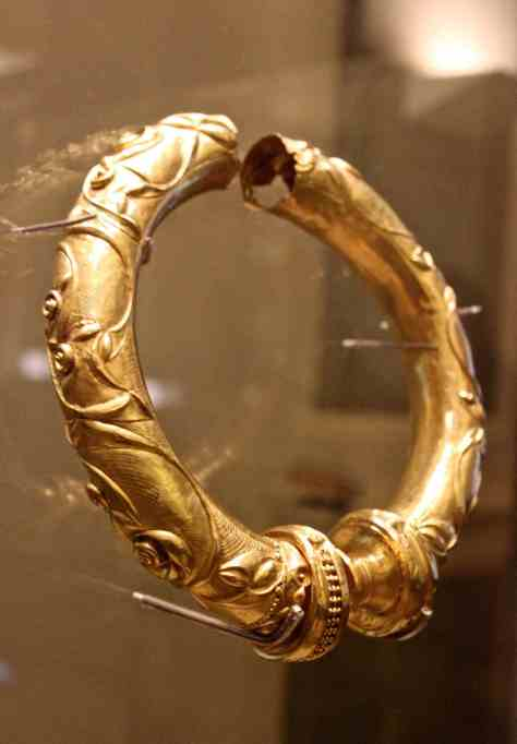 Photograph of the Broighter Collar at the NAtional Museum of Ireland taken by Reena Ahluwalia